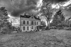 Black and white house (sebastienloppin) Tags: blackandwhite noiretblanc blackwhite house hdr photomatix canon 6dmarkii samyang 14mm