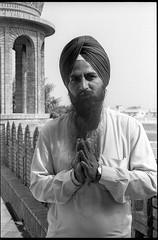 Gurdwara Fatehgarh Sahib - Sirhind-Fategarh (waex99) Tags: 2017 400iso epson india kodak leica lodhi m6 october pathiala punjab summicron tmy travel analog chandigargh film v500 portrait2017
