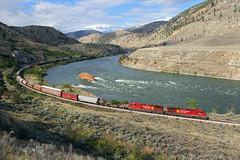 Arcing along the Thompson River (Moffat Road) Tags: canadianpacific cp manifestfreight freighttrain curve thompsonriver spencesbridge britishcolumbia bc thompsonrivercanyon ge ac4400cw 9739 locomotive