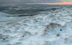 Mam Tor Sunset (Julian Barker) Tags: mam tor derbyshire high peak district snow winter december sunset dusk orange glow hill hilly upland bleak wintry canon dslr 600 julian barker
