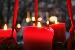 kaarsen (Gerard Stolk (sur le chemin de Noël)) Tags: delft kersttijd kaarsen