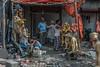 Kalighat, quartier des fabricants d'idôles, Calcutta,  Bengale occidental, Inde (Pascale Jaquet & Olivier Noaillon) Tags: durga ambiance idoles scènederue religionhindouisme artisanat artisan sculptures calcutta bengaleoccidental inde ind