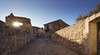 Fenêtre Post Tenebras Lux (mary maa) Tags: bauxdeprovence sonya7 provence soleil village médiéval