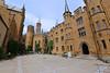 Burg Hohenzollern - Innenhof (02) (Stefan_68) Tags: deutschland germany badenwürttemberg burghohenzollern burg castle castillo architektur architecture architettura arquitectura gebäude building