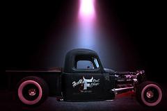 Showtime (Klaus Ficker --Landscape and Nature Photographer--) Tags: oldtimer hotrod photoshop car kentuckyphotography klausficker canon eos5dmarkii milf old beauty truck classiccars classic art