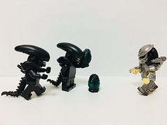 Alien VS Predator #lego #minifigure #minifigures #minifig #minifigs #customminifigure (zcy311) Tags: lego minifigure minifigures minifig minifigs customminifigure