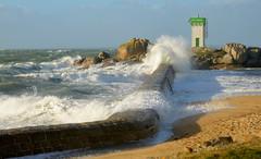 Sunshine after Carmen storm (HervelineG) Tags: wave vague jetée port phare trévignon harbour d7000 carmen mer sea trégunc bretagne breizh brittany tempête storm