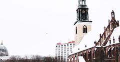 marienkirche (eugeniovilasalom) Tags: eugeniovilasalom 2010 berlin germany alemania alexanderplatz iglesiadesantamaría stmarienkirche nieve frío sony