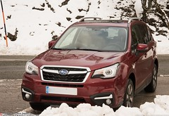 new toy and snow (Oneras) Tags: subaruforester subi forester subaru car suv awd vehicle coche vehículo snow nieve aralar