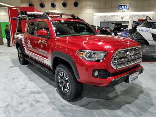 Toyota Tacoma LifeGuard Truck - San Diego Fire Rescue - a