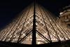 Pyramide du Louvre (Damien.C.) Tags: paris lumière musée louvre pyramide nuit
