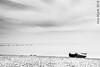 A la espera (Foto Carius) Tags: losalcazares murcia barca marmenor bn