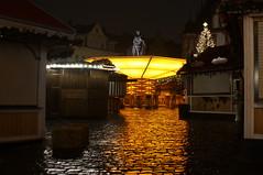 Weihnachtsmarkt Coburg / Christmas Market Coburg (Marian Si) Tags: coburg marktplatz oberfranken bayern bavaria marketsquare christmasmarket wetroad gold prince albert minoltamd manualfocus sonynex5t