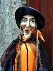 Witch (markb120) Tags: witch hag hex harridan hellcat randysorceress enchantress sibyl wisewomandoll puppet dummy poppetwoman female she wife oldwoman femininegrandmother grandma granny grandmamma gran grannie