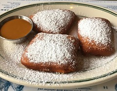 beignets at Bayou Creole Kitchen in the Mission (Fuzzy Traveler) Tags: beignets deepfried powderedsugar caramelsauce dessert sweets pastry creole southern themission bayoucreolekitchen sanfrancisco