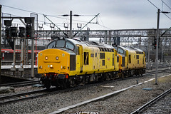97304 + 97303 - Crewe - 16/12/17. (Trphotography04) Tags: network rail 97304 john tiley 37217 97303 37178 arrive crewe working 0z97 0830 derby rtcnetwork bas hall ssm