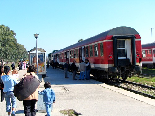 Second-hand carriage from DB Regio in Durres - original livery