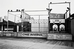 R5-054-25A (David Swift Photography) Tags: davidswiftphotography newjersey wildwoodnj boardwalk basketball gamesofchance hoops amusements closedfortheseason 35mm film ilfordxp2 olympusstylusepic