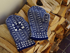 Norwegian Selbu Mittens (Blue sky and countryside) Tags: selbu mittens norwegian pattern handicraft enjoyable skill busyhands logs stacked cold january 2018 freezing derbyshire england pentax