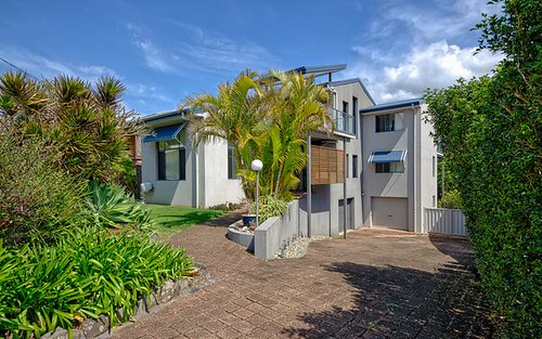 60 Dammerel Crescent, Emerald Beach NSW 2456
