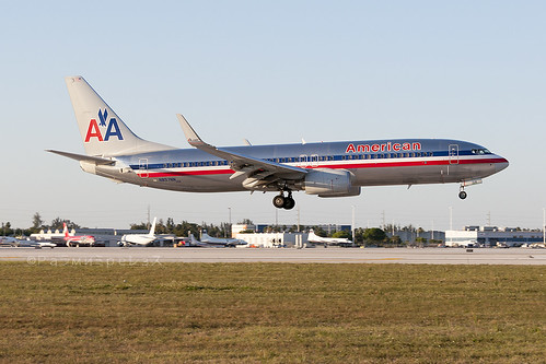 American Airlines Boeing 737-800 MIA