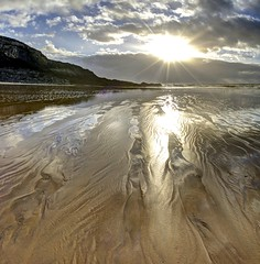 Innocent when you dream (pauldunn52) Tags: dunraven beach southerndown glamorgan heritage coast wales wet sand patterns sun burst light witches point
