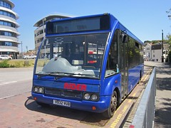 Renown Transport Services of Bexhill-on-Sea No.9 V932VUB (harryjaipowell) Tags: renowntransportservices renowngroup bexhillonsea 1999 withdrawn bus coach renown scrapped eastsussex 9 v932vub eastsussexcountycouncil rider optare solo m850 b27f engine mercedesbenz om904la escc notofservice nis hastingsrailstation station 72729 stagecoach hastings notinservice