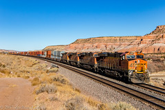 BNSF 6889 West: Lupton, Arizona (Z-Trains) Tags: bnsf arizona seligman subdivision sub apache railroad apacherailroad seligmansubdivision northernarizona trains train alco mlw c420 c424