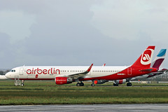 A321-211 OE-IGE ex HB-JOX AIR BERLIN\BELAIR colours (shanairpic) Tags: jetairliner a321 airbusa321 shannon airberlin belair hbjox oeige