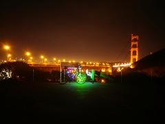 LED Push-up Man (RZ68) Tags: man pushup push up excercise bike bicycle lights christmas holiday sanfrancisco goldengatebridge dark different lgg6