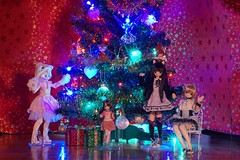 DSC05792 (myshax86) Tags: christmasfamilyphoto pureneemo picconeemo azone alisa koron wilczuś himeko himeno lycee kłaczek fuzzball