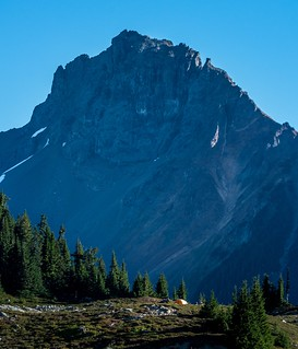 I didn't know this when I was on this hike but I found out later that this mountain is right at the border between the United States and Canada. Yellow Aster Butte, Washington