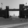 Liberté discrète (Adrien CAILLIAU) Tags: nyc new york city liberté liberty statue mer sea hudson river usa find search hope espoir promenade walk