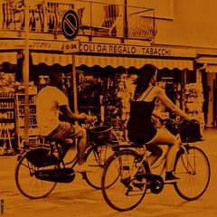 #BIKE2REGALO #Pinarella IMG_5710 quad bike2 bn_resizeA (Viabici(c) di StefanoM) Tags: viabici bike2 bicicletta bici bike bicycle cykel fahrrad street city mono bw streetphotography chiaroscuro blackandwhite italia pinarella di cervia
