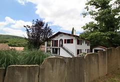 Iduzki-alde bat Gîte  G141079 à Souraïde (gites64) Tags: locationdevacances gîte à la campagne location près espelette gite cambo les bains