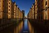 Kehrwiederfleet - 07011801 (Klaus Kehrls) Tags: hamburg speicherstadt kehrwiederfleet fleete kanäle elbe speicher architektur blauestunde nacht
