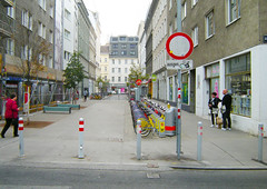 "Vienna's Emerging Fused Grid (UrbanGrammar) Tags: urban ""new urban"" urbanism streets traffic ""pedestrian realm"" ""fused grid"" zones"" ""main street"" culdesac loop neighbourhood ""street patterns"" ""healthy urbanism"" mobility accessibility tranquility safety delight infrastructure connectivity ""urban park"" carfree adaptation mixeduse vienna"