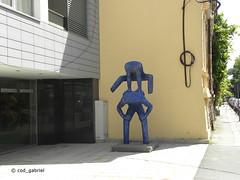 Modern art in Bucharest (cod_gabriel) Tags: bucuresti bucureşti bucharest bukarest boekarest bucarest bucareste romania roumanie românia item sculpture statue statuie objetdart