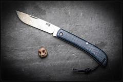 1C5A9342 (bakelite1) Tags: pedro bermudez xc75 micarta couteaux