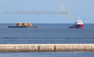 VOS HESTIA towing OSPREY INTREPID approaching Valletta, Malta - 08.12.2017 - http://www.maltashipphotos.com
