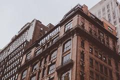 DSC_7011 (MaryTwilight) Tags: newyork humansofnewyork peopleofnewyork nyc bigapple thebigapple usa exploreusa explorenewyork fallinnewyork streetsofnewyork streetphotography urbanphotography everydayphotography lifestylephotography travel travelphotography architecture newyorkbuildings newyorkarchitecture