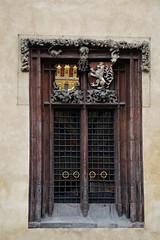 Prager Türen & Fenster - 13 (fotomänni) Tags: tür türen door doors fenster window fenetre windows prag praha prague manfredweis