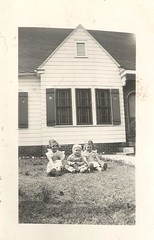 16 month old baby and siblings, 1950s (912greens) Tags: kids babies children backyards houses exteriors folksidontknow