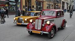 Opel super 6 from 1936 and Mercedes W110 from 1967 (rafasmm) Tags: opel super 6 1936 mercedes w110 1967 street parade wośp łódź lodz poland polska piotrkowska citycenter car cars old streetlife streetphoto color great orchestra christmas charity nikon d90 sigma 1020 ex outdoor