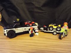 The Second Lego build (Paranoid from suffolk) Tags: 2017 lego atv bike truck minifigs 60148 race team