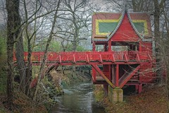 Red (Marat Assanov) Tags: leipzig germany zoo outdoor architecture river