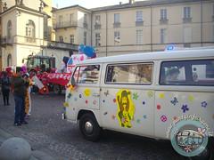 In Piazza! (partyinfurgone) Tags: affitto carnevale mortara cocktail epoca evento furgone hippie limousine maschera milano noleggio nozze openbar promo promozione pubblicità pulmino storico vintage volkswagen vw