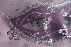 Smile on Saturday - (Hidden) Mask (Ineke Klaassen) Tags: smileonsaturday sos mask masks masker maskers veil purple sony sonyimages sonya6000 sonyalpha sonyalpha6000 sonyilce6000 ilce carnaval carnival carnavalsfeest carnavalsmasker dreamy mysterious 1025fav 20faves 300views