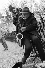 DULCES MELODIAS (oskarRLS) Tags: oldman music live blackwhite monochrome saxophone saxophonist melody street photographic calle música love monocromo balnconegro