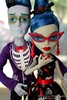 Slo Mo and Ghoulia 2 (mishimixer7) Tags: mimisdolls7 mishimixer7 monsterhigh monster high kindmonsters howdoyouboo doll dolls photography photograph collector mattel toy toys photographer portrait inside indoors indoor lovesnotdead love ghoulia yelps slo mo